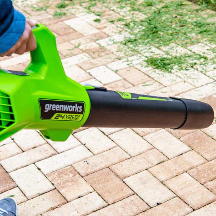 GreenWorks Commercial 24B315 24V 315 CFM Cordless Brushless Leaf Blower Kit