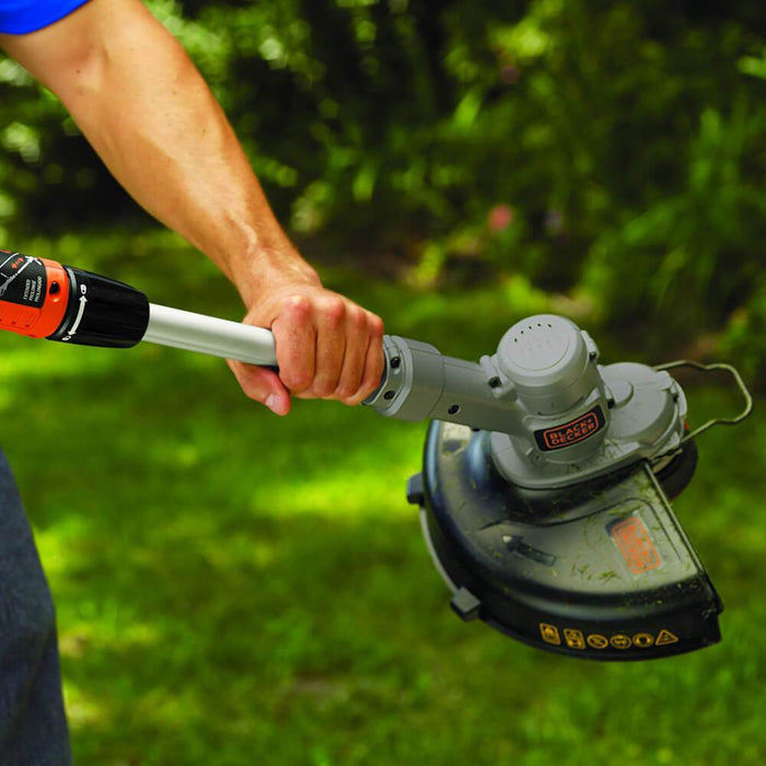 head unit of the Black and Decker LST300 String Trimmer