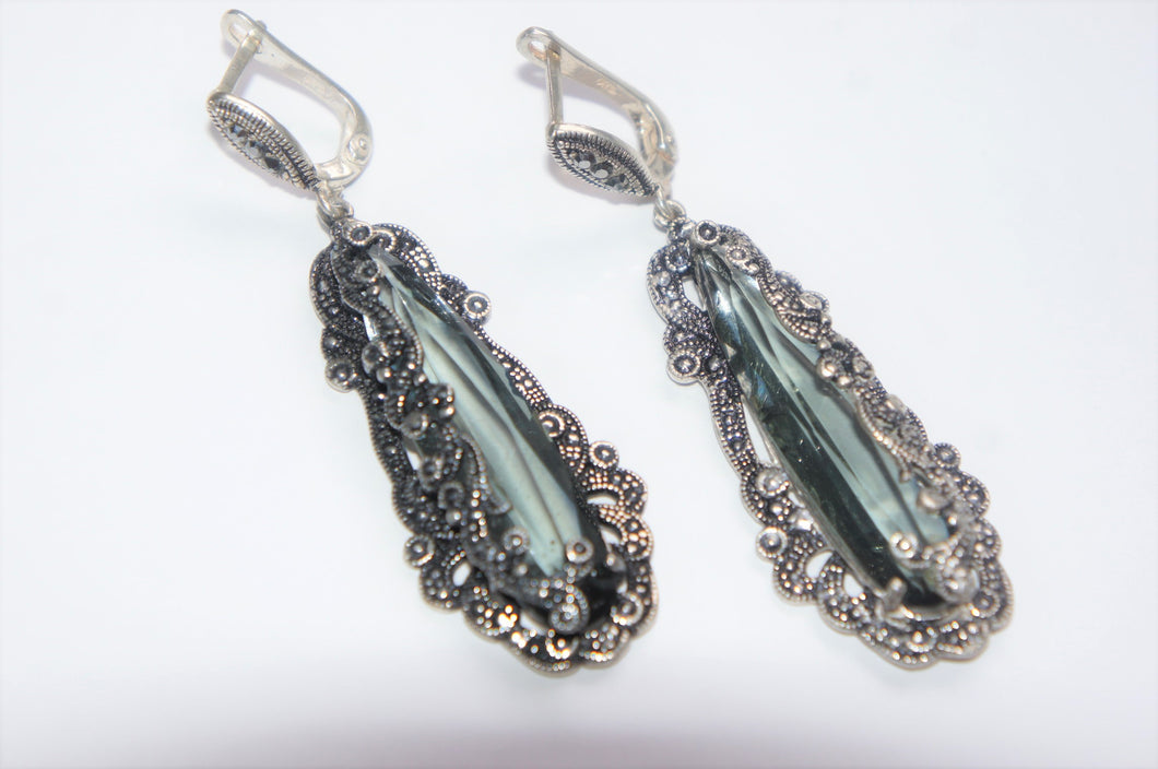 Grey crystal | Silver earrings