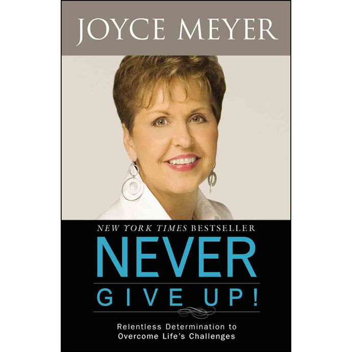 Never Give Up! (Paperback)