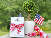 Patriotic Boxwood Topiary Notepads