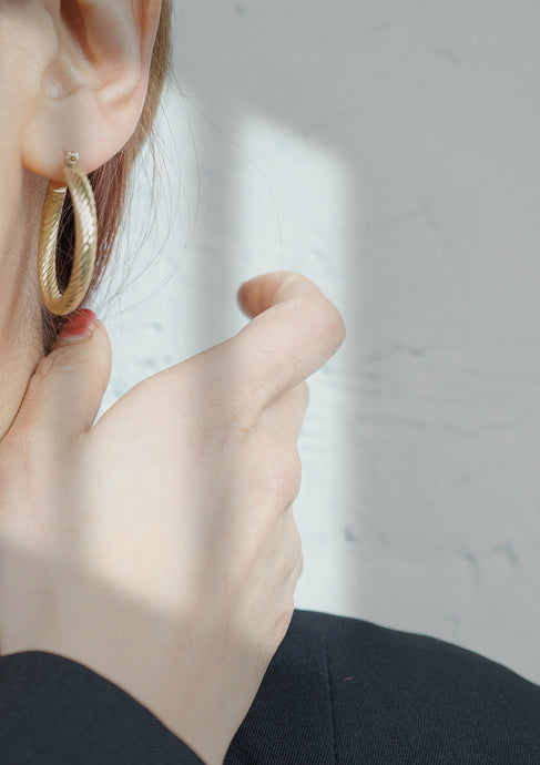 <strong>VINTAGE</strong></br>14k Rope Hoop Earrings
