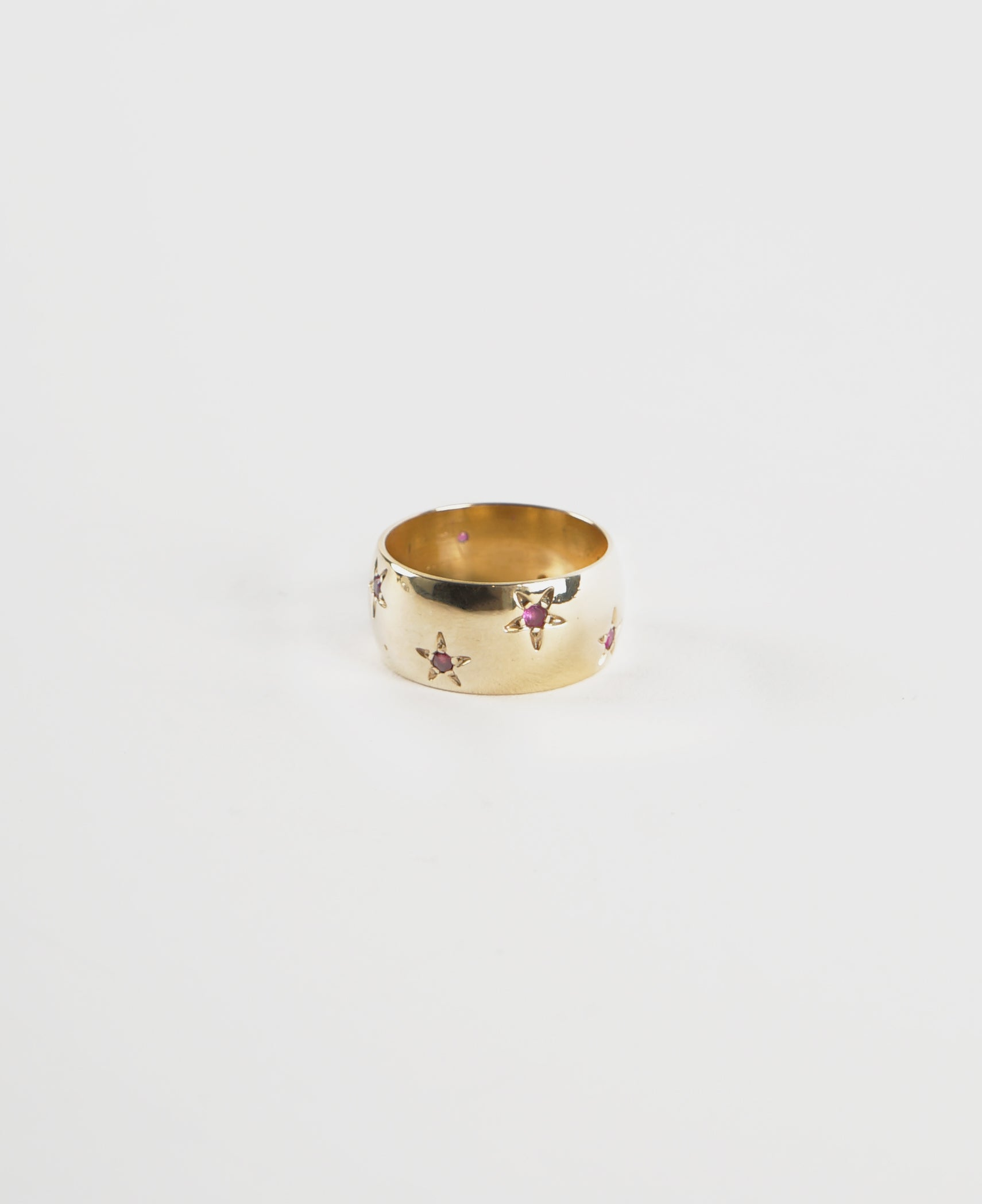 Gold / Ruby Star Ring