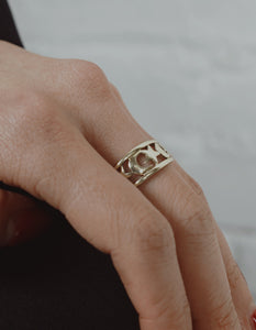 <strong>VINTAGE</strong></br>14k Star & Moon Gold Ring