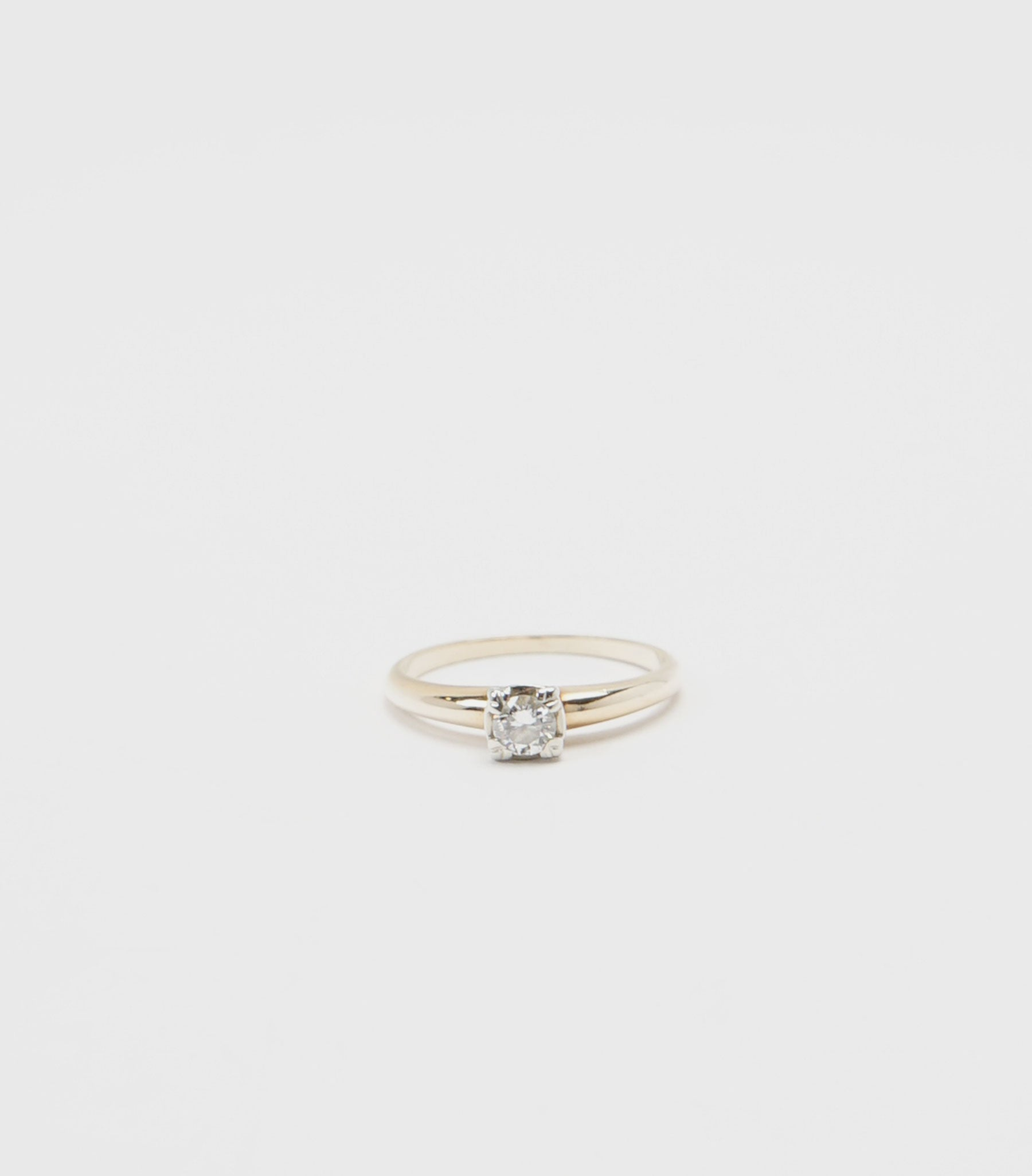 14K Gold x Diamond Ring