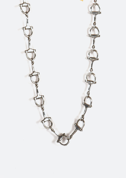 <strong>VINTAGE</strong></br>D shape Shackle Necklace