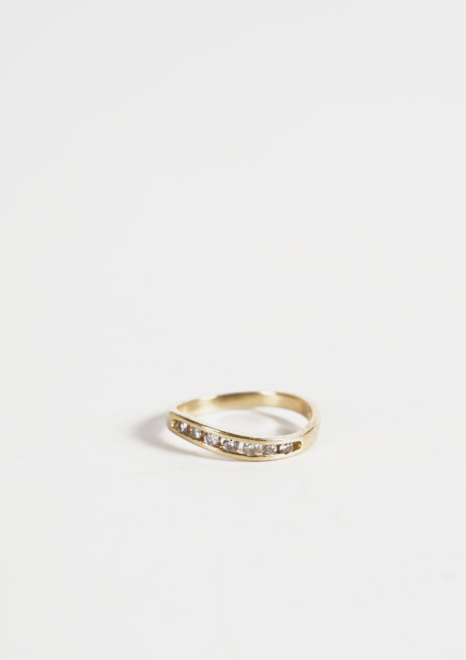 14k Wavy Gold Ring / 2mm