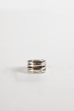 Load image into Gallery viewer, <strong>VINTAGE</strong></br>4 Bands Silver Wide Ring