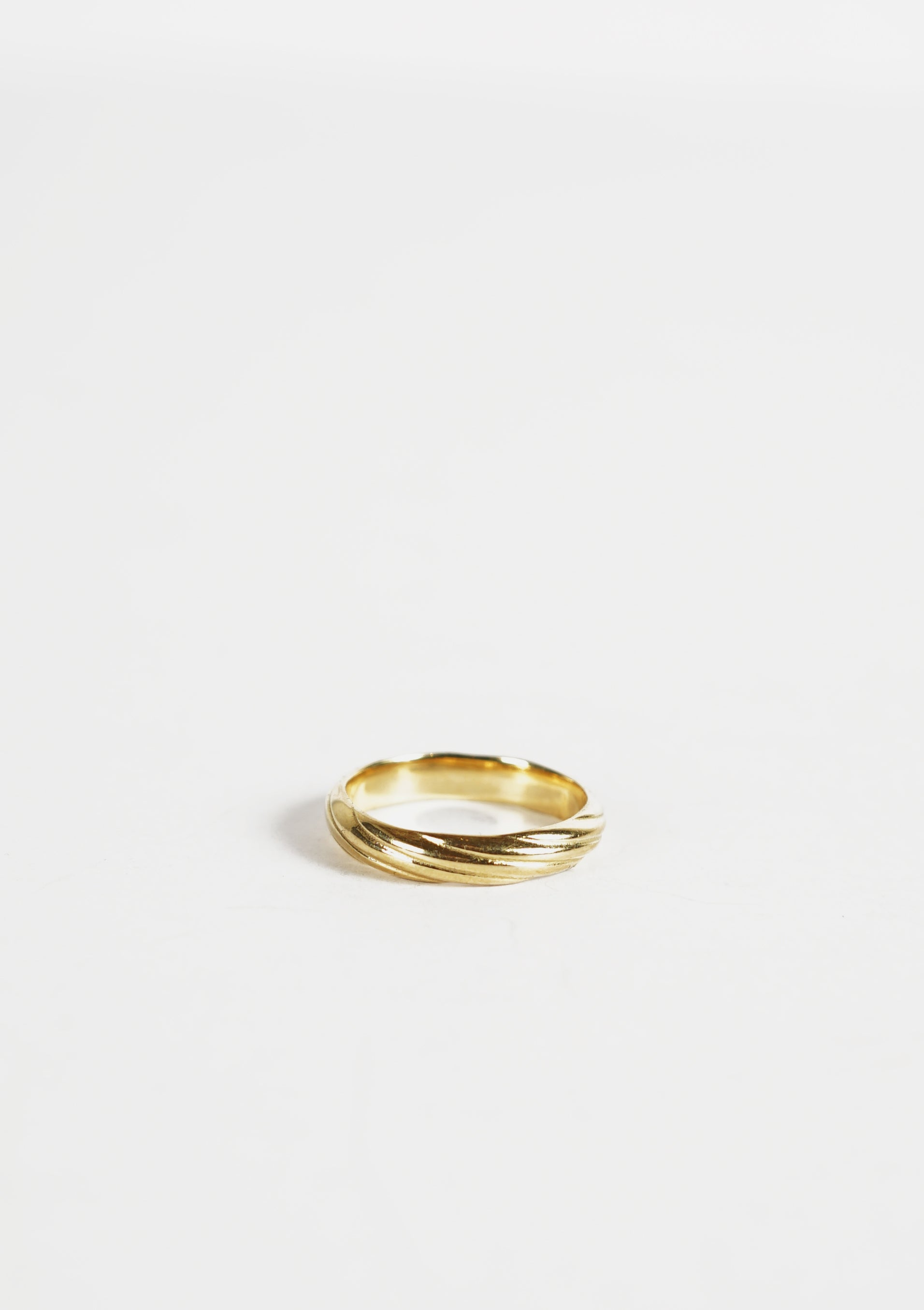 18k Gold Twisted Ring / 4mm