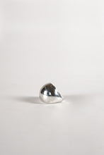 Load image into Gallery viewer, <strong>VINTAGE</strong></br>Silver Ring