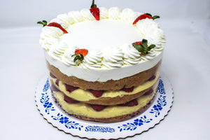 Sugar Free Strawberry Custard Cake