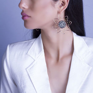 Flora : Statement earring