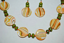 Load image into Gallery viewer, Yellow and Green Shell Necklace. Handmade Necklace Set