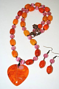 Agate and Cat Eyes Necklace Set.