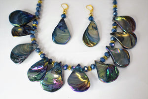 Purple Free Form Seashells Tears Drop Necklace Set.