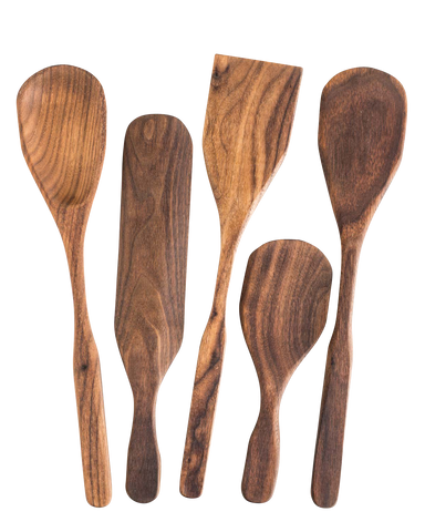 The BoWood ultimate 5 piece kitchen utensil set includes a spoon, spurtle, rice scoop and two spatulas to do everything you need in the kitchen.