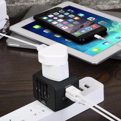TRAVEL ADAPTER WITH UNIVERSAL PLUG - WORLDWIDE TRAVELING