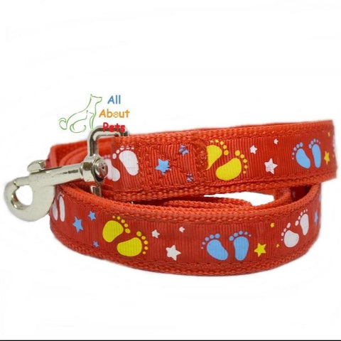 Image of Dog Leash Stars & Footprints 5ft long red color available at allaboutpets.pk in pakistan