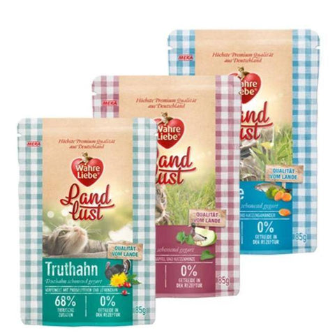Wahre Liebe Wet Food Pouches 85g duck, trout and turkey flavors available at allaboutpets.pk in pakistan.