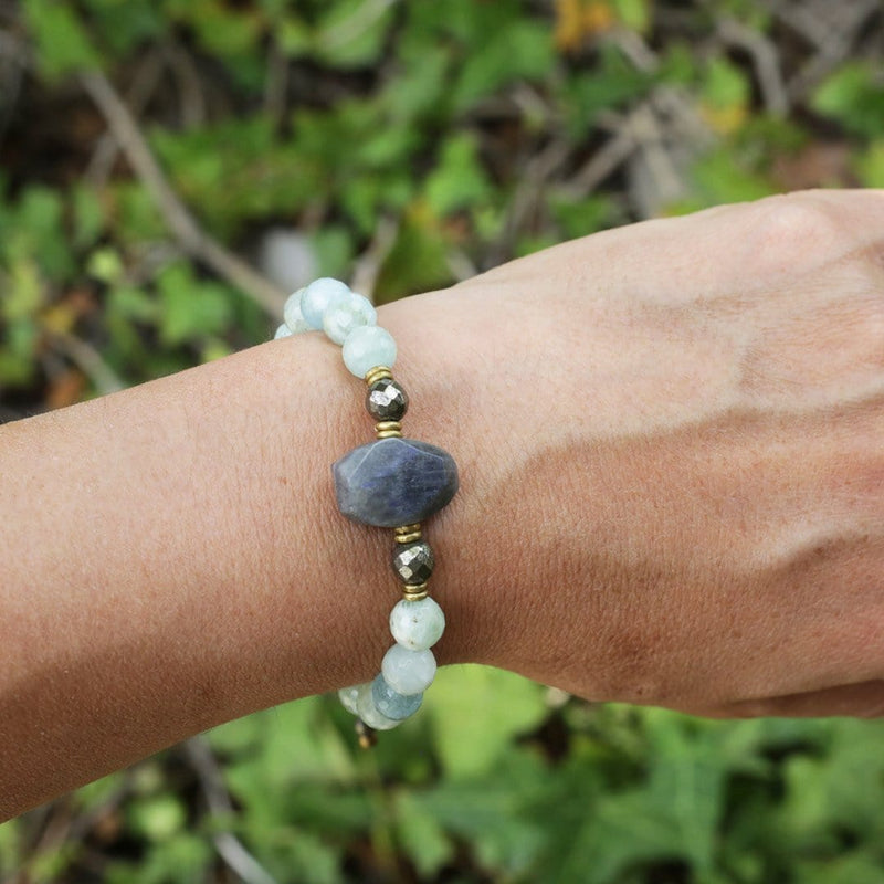 Bracelets - Aquamarine And Labradorite Adjustable Bracelet