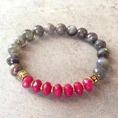 Serendipity and energy, Labradorite and cherry jade bracelet