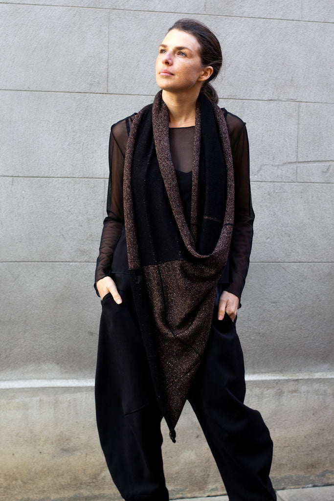 Two toned metallic scarf in black and brown gold, looped once around neck