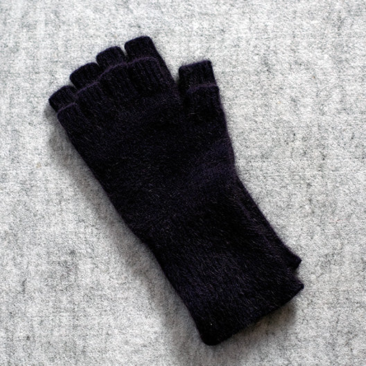 Fingerless gloves in Merino wool, possum down and silk