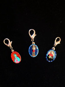 Lobster Claw Zipper Tags Arriving Soon!