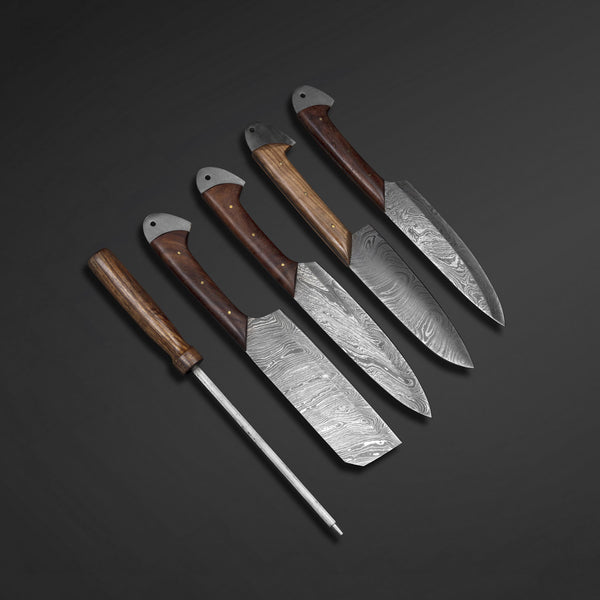 Custom Made Damascus Steel Chef Set With Leather Roll Kit