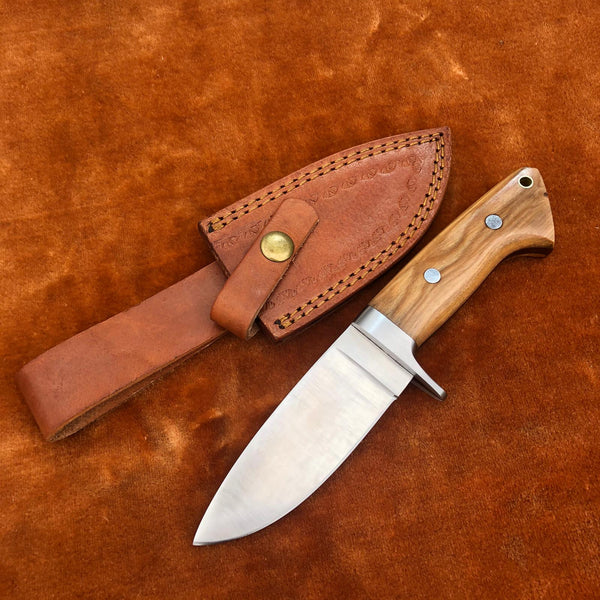 Custom Handmade Full Tang Skinner Knife With Leather Sheath....Knives Hub
