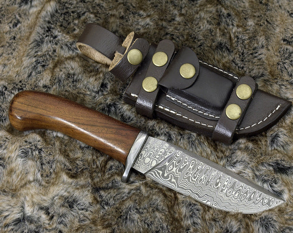 Custom Handmade Damascus Steel Blade Hunting Knife With Leather Sheath....Knives Hub