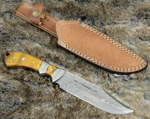 Custom Handmade Damascus Steel Blade Hunter Bowie Knife Wit Leather Sheath