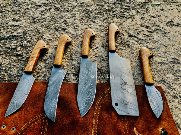 Handmade Damascus Steel kitchen knives set with leather roll kit....Knives Hub