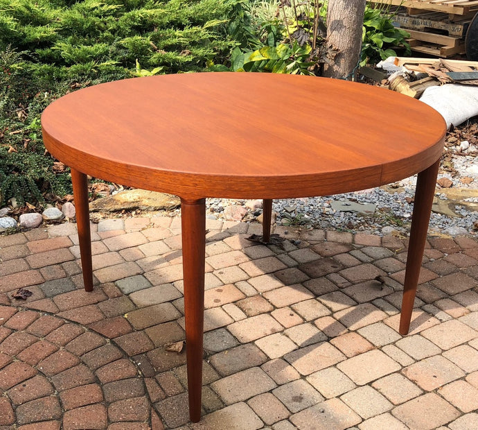 REFINISHED Danish MCM  Round Teak Table w 2 Leaves 47