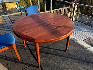 "REFINISHED Danish MCM Teak Table Round to Oval with 2 Leaves by Vejle Stole Mobelfabrik 46.5"" - 86"" - Mid Century Modern Toronto"