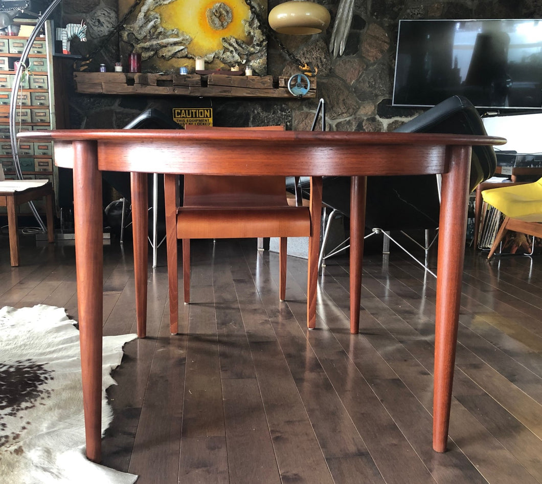 REFINISHED Danish MCM Round Teak Table w 2 Leaves 49