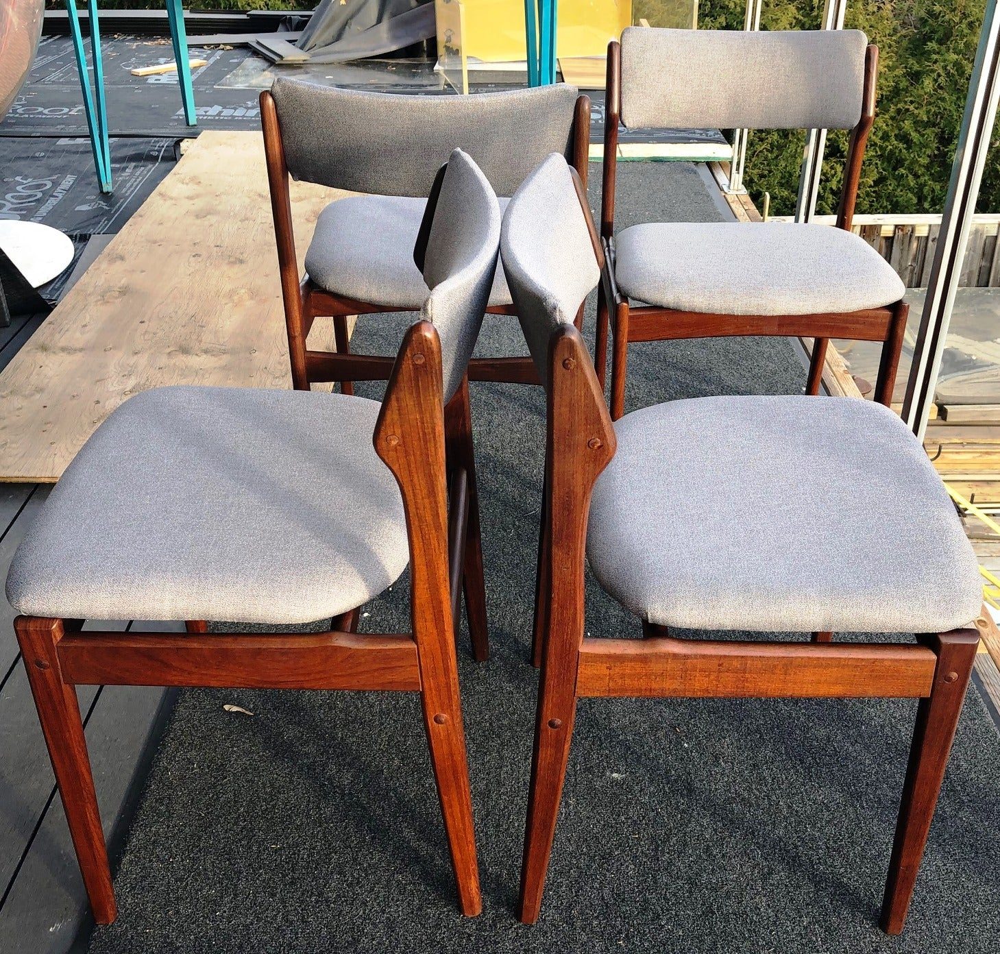 Prime 4 Danish Mcm Chairs W Floating Seats Restored Reupholstered In L Grey Maharam Each 225 Download Free Architecture Designs Griteanizatbritishbridgeorg