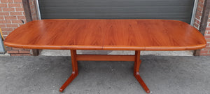"REFINISHED MCM Teak Dining Table w 2 Leaves Selfstoring, 63""-100.5"""