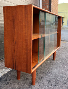 "REFINISHED Danish MCM Teak Display Bookcase 47.5"" PERFECT"