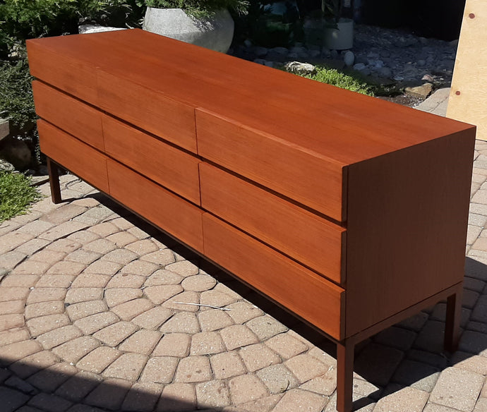 REFINISHED MCM Teak 9 drawers dresser, PERFECT