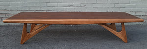 Sculptural MCM Walnut & Ash Coffee table REFINISHED, in style of A.Pearsall, Perfect