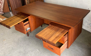 REFINISHED MCM Executive Teak Desk with Floating Top, Free Standing by RS Associates - Mid Century Modern Toronto