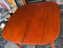 "Load image into Gallery viewer, REFINISHED MCM  Teak Table Rounded w 1 Leaf 40""-58"", perfect - Mid Century Modern Toronto"