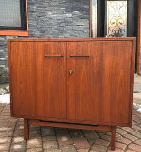 REFINISHED MCM Walnut Cabinet by Jens Risom, commercial quality 3 ft, PERFECT - Mid Century Modern Toronto