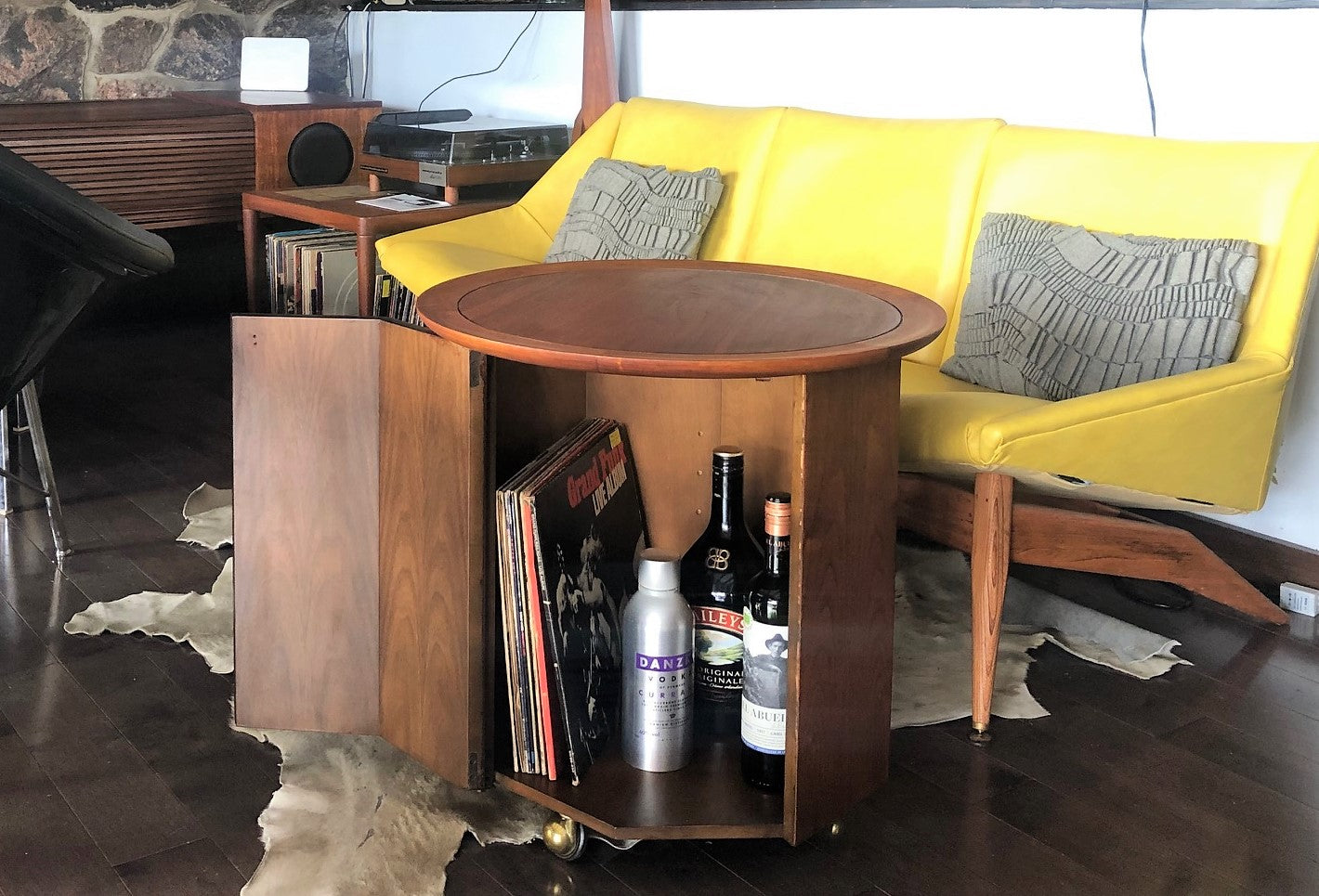 Brilliant Refinished Mcm Walnut Round Rolling Bar Lp Cabinet Or Accent Table W Storage Perfect Treated For Durability Machost Co Dining Chair Design Ideas Machostcouk