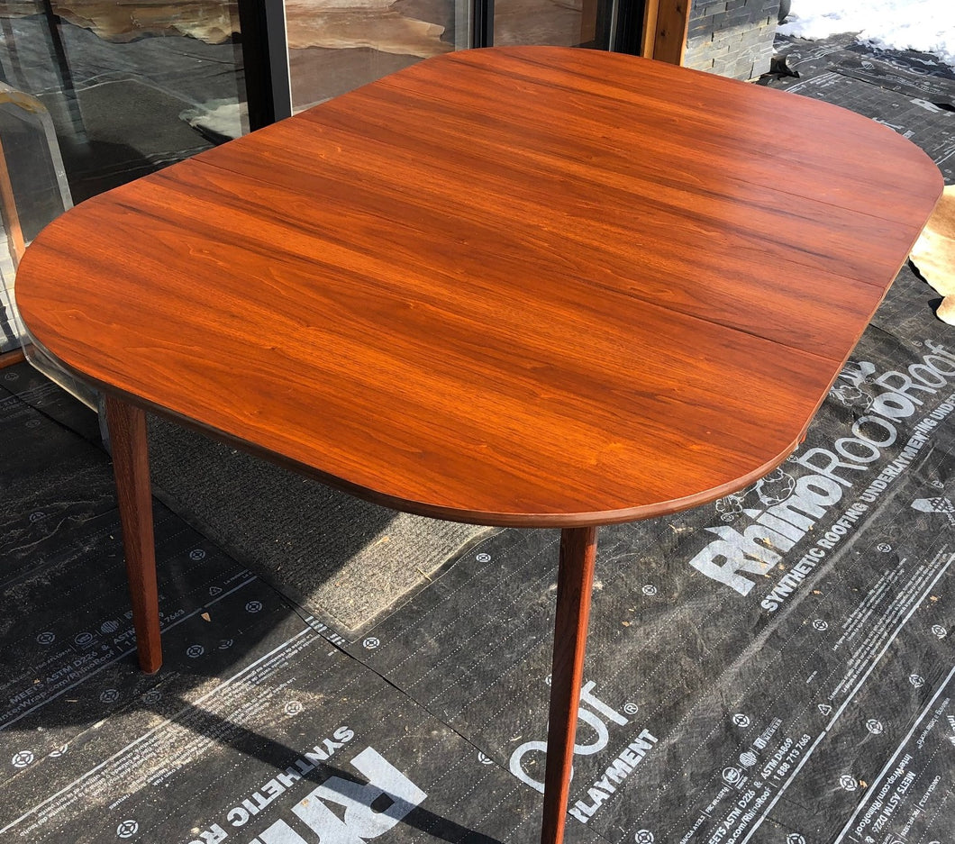 REFINISHED MCM Walnut Dining Table Extendable w 2 leaves Rounded 44