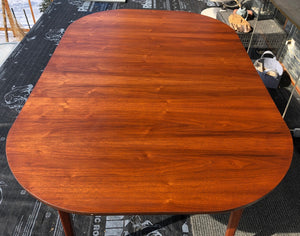 "REFINISHED MCM Walnut Dining Table Extendable w 2 leaves Rounded 44"" -64"", perfect - Mid Century Modern Toronto"