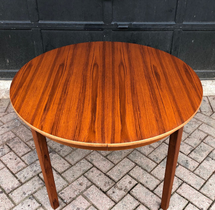 REFINISHED Swedish MCM Teak Dining Table round to oval w 2 leaves 42