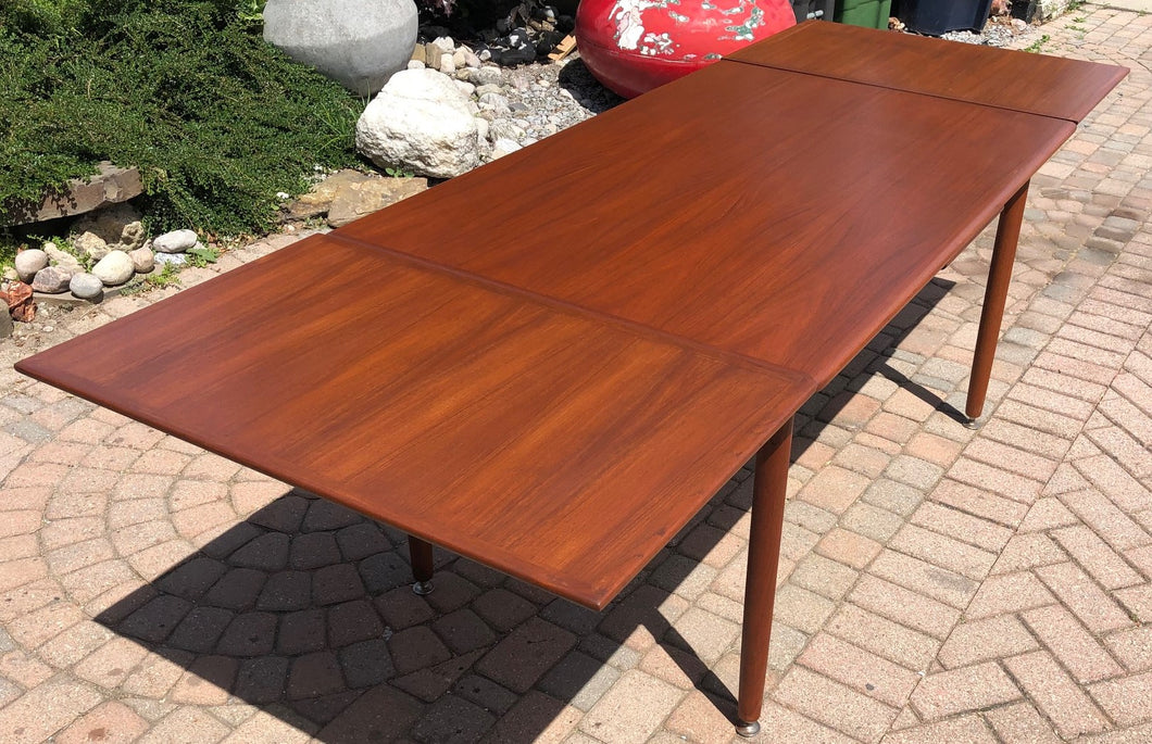 REFINISHED MCM Teak Draw Leaf Table with 2 Extension Leaves, 54-95