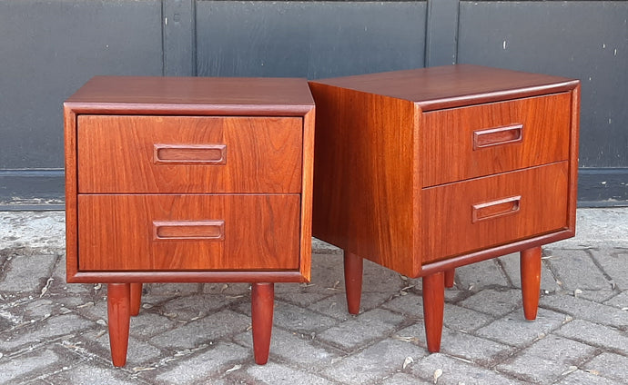 2 REFINISHED Mid Century Modern Teak Nightstands, PERFECT